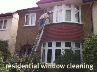 cleaning-windows-jpg-opt326x242o00s326x242